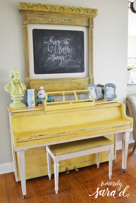 Piano yellow