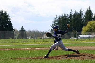 April_14_07_baseball_036